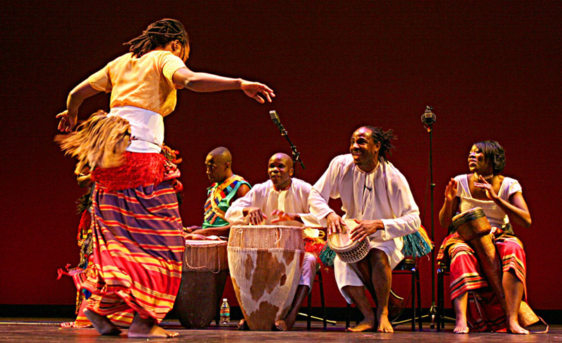 Mbuutu of Uganda at the African Diaspora Inaugural Ball 2009