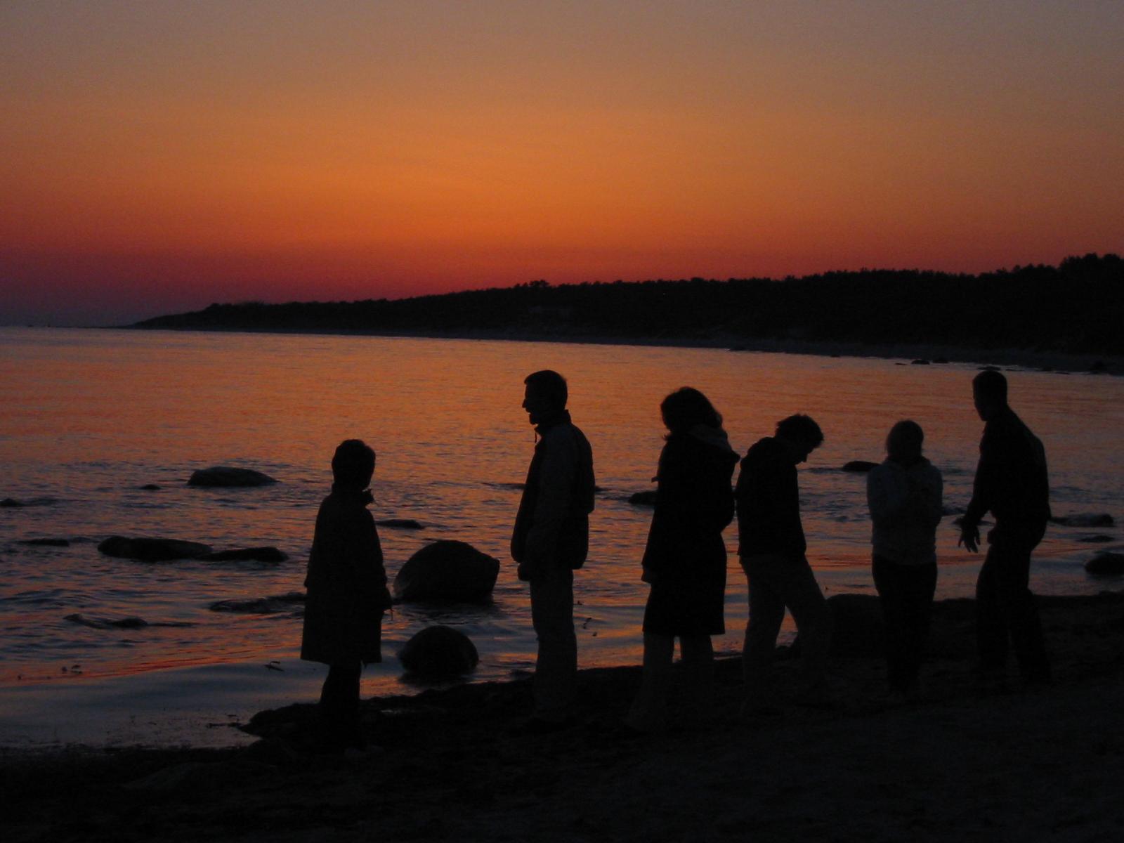 sundown-family-1553623